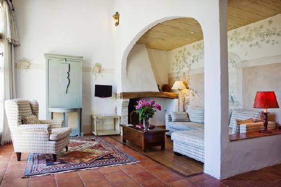 Chateau des Vigiers: Suite dans Les Dépendances