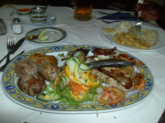 Royal Park Albatros: The Grilled Fish Platter for 1 person!!