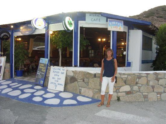 Kamari Bay Hotel: Memory bar our favourite