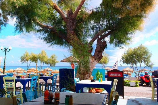 Perivolos, Grecja: veduta dall ristorante
