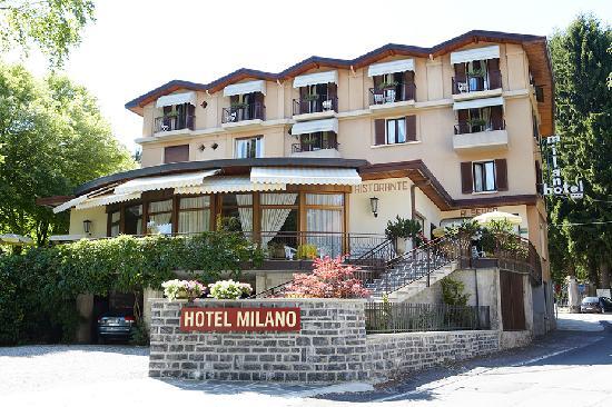 Lanzo d'Intelvi, Italie : Facciata Hotel