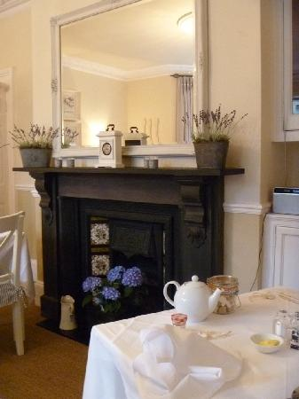 Brindleys Boutique B & B: In breakfast room