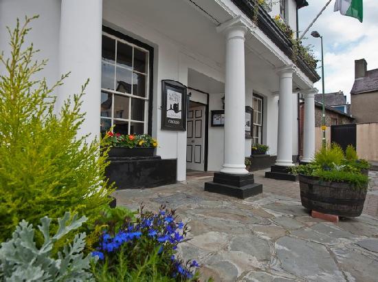 Castle Hotel Llandovery Reviews