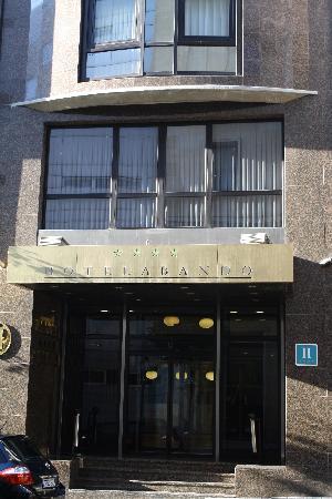 Frontansicht Hotel Abando: fotografía de Hotel Abando, Bilbao ...