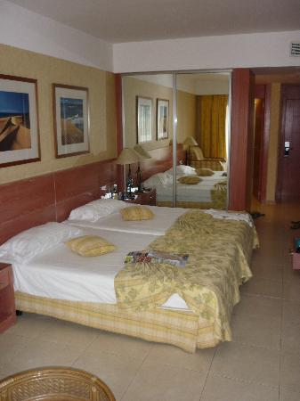 Barcelo Fuerteventura Thalasso Spa: Bedroom