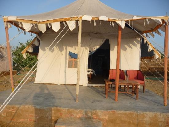 Mehar Adventure Safari Camp : Far cry from a Swiss camp as claimed !