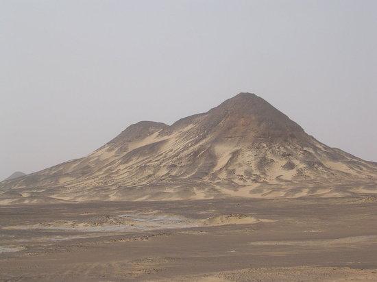 Black Desert : deserto nero