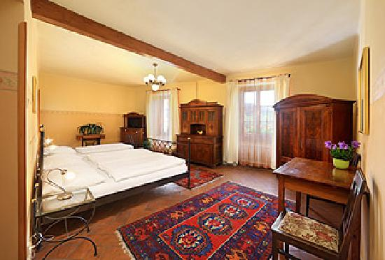 Pension Barbakan: 3-bed de luxe room