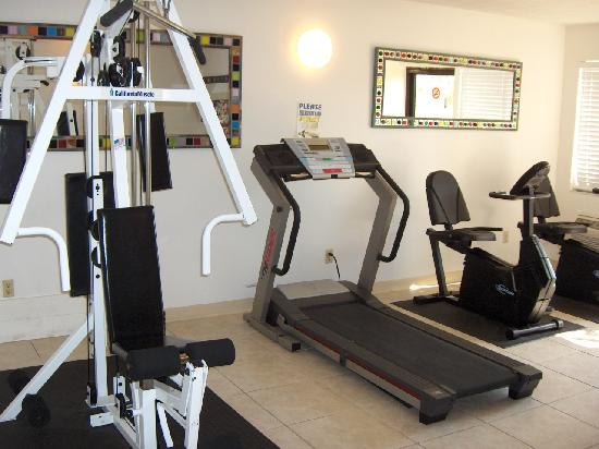 Casa Loma Motel on the Waterfront: Fitness Center