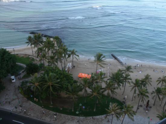 Hyatt Regency Waikiki Resort & Spa: The view of Ocean from our Room