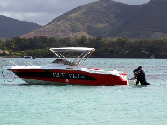Trou d'eau Douce: One of Vickys boats