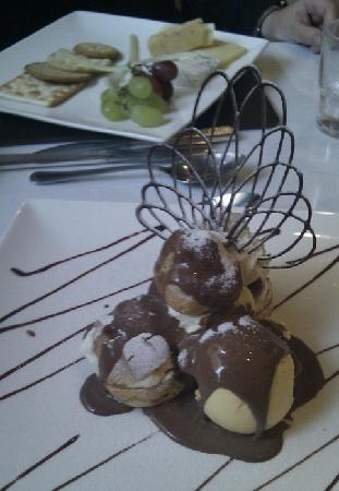 The Kenley: Just look at this desert! Gobsmacking!