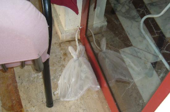 Grand Panorama Hotel: wires covered buy plastic bag in dining area