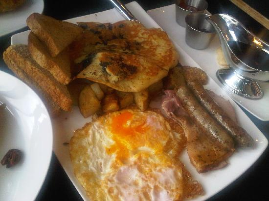 Two Chefs and a Table: Big Lou's Breakfast