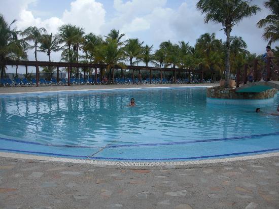 Costa Caribe Beach Hotel & Resort: piscina
