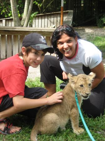 McCarthy's Wildlife Sanctuary: Minza and Friends