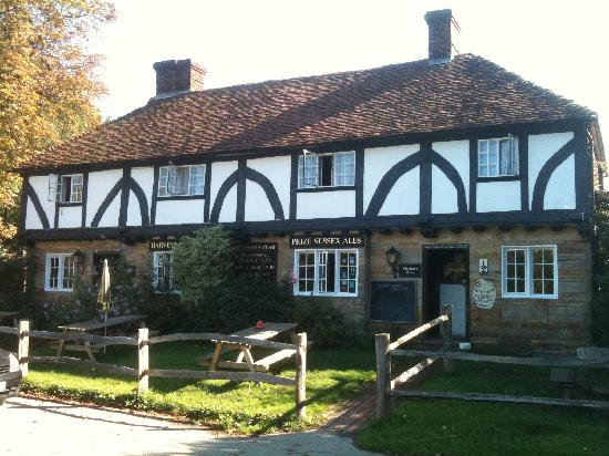 Lamberhurst, UK: Front of pub
