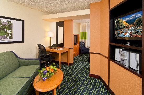 Fairfield Inn & Suites Bend Downtown: Suite