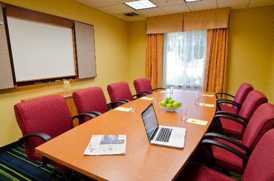 Fairfield Inn & Suites Bend Downtown: Meeting Room