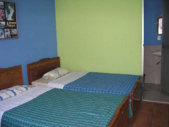 Hostal Transilvania: another room for 2