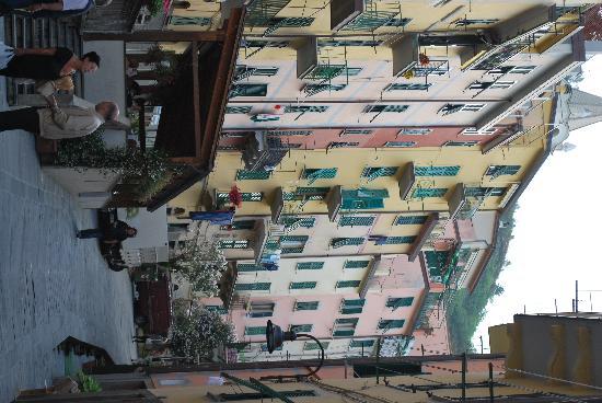 Cademandin Apartments: We're ready to go back to Riomaggiore