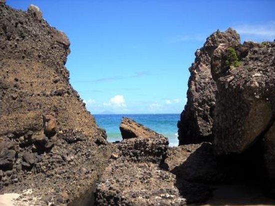 Atami Sun Beach : 熱海ビーチラインの海沿いは絶景スポットです