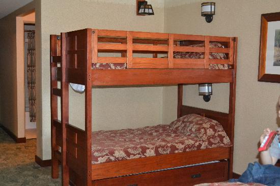Disney's Grand Californian Hotel & Spa: Bunk Beds