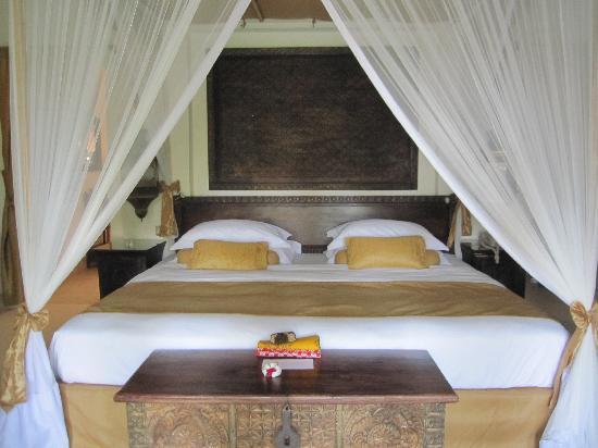 Baraza Resort & Spa: Bedroom in Sultan's Villa
