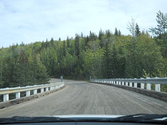 Kiskatinaw Bridge: Driving across the bridge