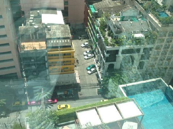 โรงแรมเลอ เมอริเดียน กรุงเทพ: 部屋からの眺め1