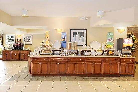 Hampton Inn Spartanburg - North I-85: Spartanburg Hotel Complimentary Breakfast