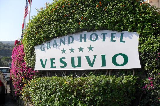 Grand Hotel Vesuvio : on arrival