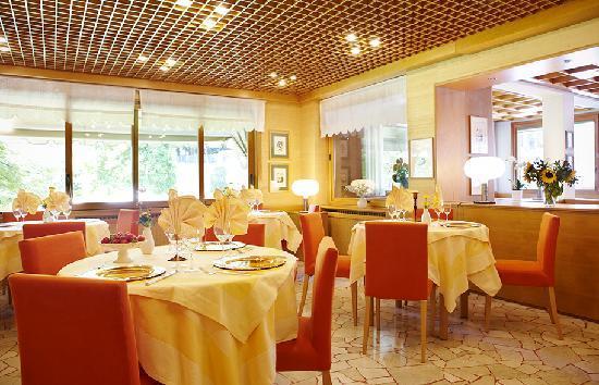 Lanzo d'Intelvi, อิตาลี: sala ristorante