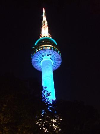 หอคอยโซล: 夜のソウルタワー(ブルー)