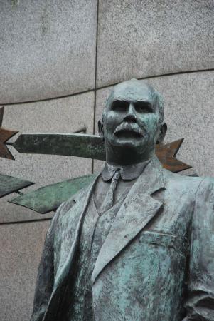 James Connolly Memorial Statue : Connolly.. the man