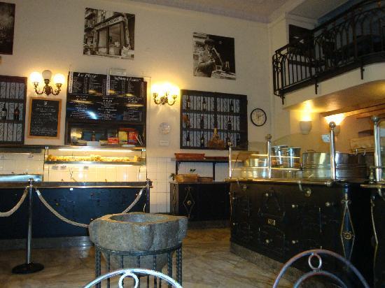Antica Focacceria di San Francesco: interno