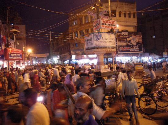 The Gateway Hotel Ganges Varanasi: Busy Streets of Varanasi
