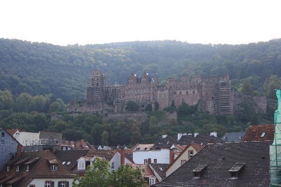 ปราสาทไฮเดลเบิร์ก: View of Castle from town