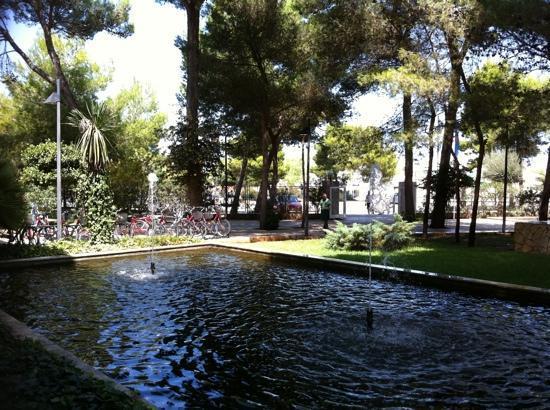 Eix Alzinar Mar Suites - Adults Only: Estanque