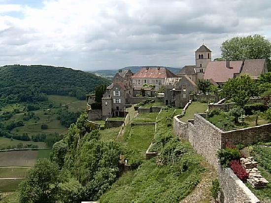 Jura, France: chateau chalains