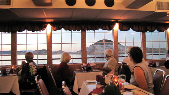 Lake Mead Dinner Cruise (All Las Vegas Tours)