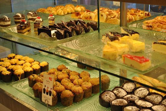 BreadTalk Discovery Shopping Mal: Sweets