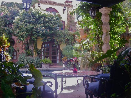 Las Sabilas : lounge area