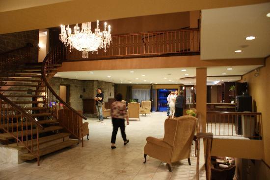 Hotel Universel Quebec: La réception de l'hôtel Universel...
