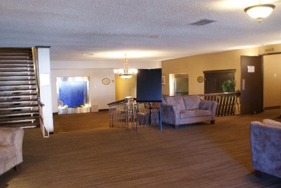 Hotel Universel Quebec: Les salons du sous-sol...