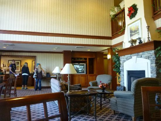 Staybridge Suites Colorado Springs: Breakfast Room/Lounge