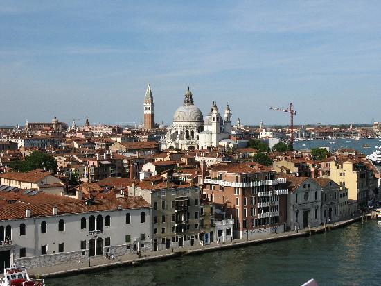 เมืองเวนิส, อิตาลี: Venezia, appena partita la nave
