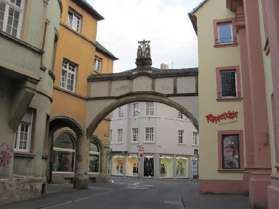 Domstadt (Cathedral City): great
