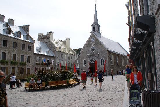 La vieille ville photo de old quebec qu bec ville - Piscine municipale montreal marseille ...