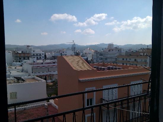 Hostal Valencia: view across rooftops from balcony